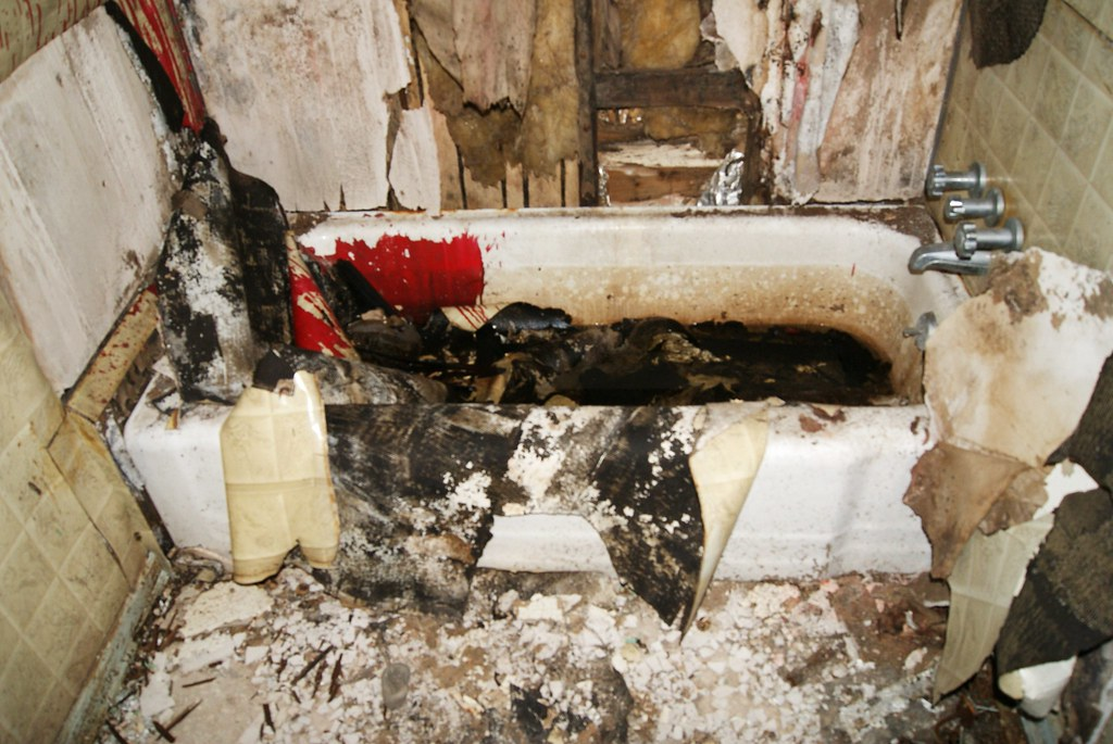 Bloody Bathtub Who Died In There And Are They