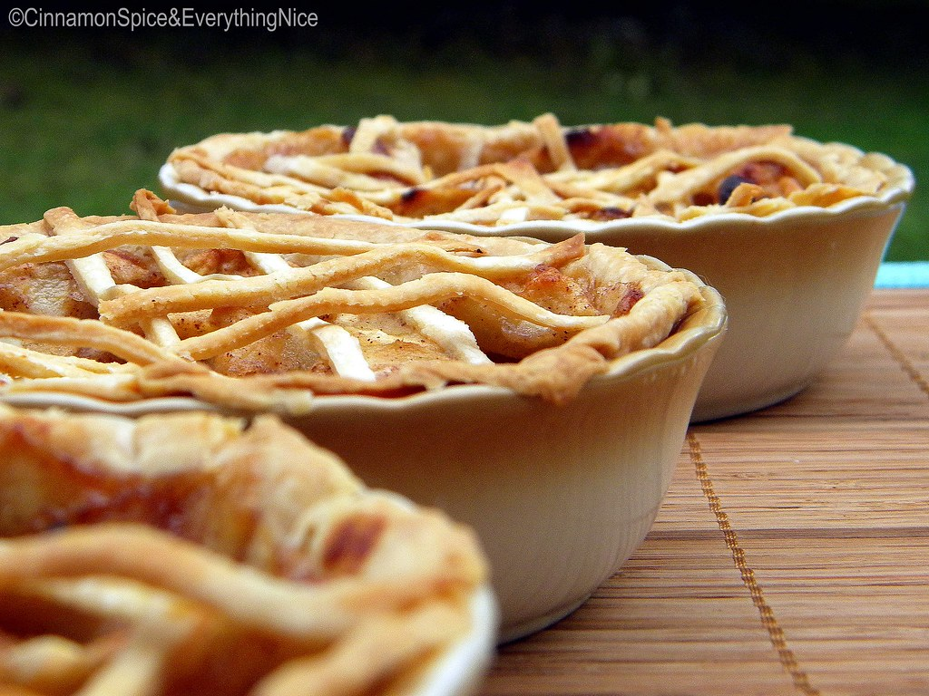 Three Little Apple Pies For The Three Little Bears Flickr - Baeras-con-pies