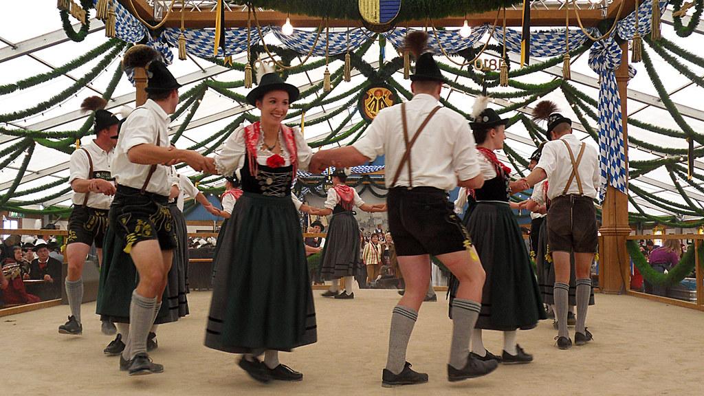 Folklore Fashion Blog