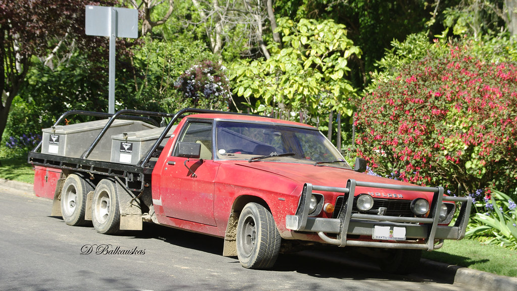 holden 1tonner spotted during one of my walks this old