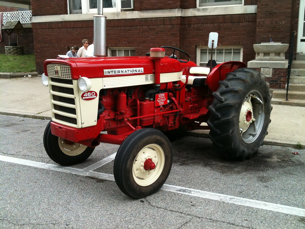 Ih 460 Utility Tractor : International harvester utility