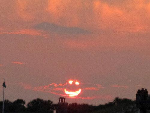 Smiley cloud | by mjb_leo