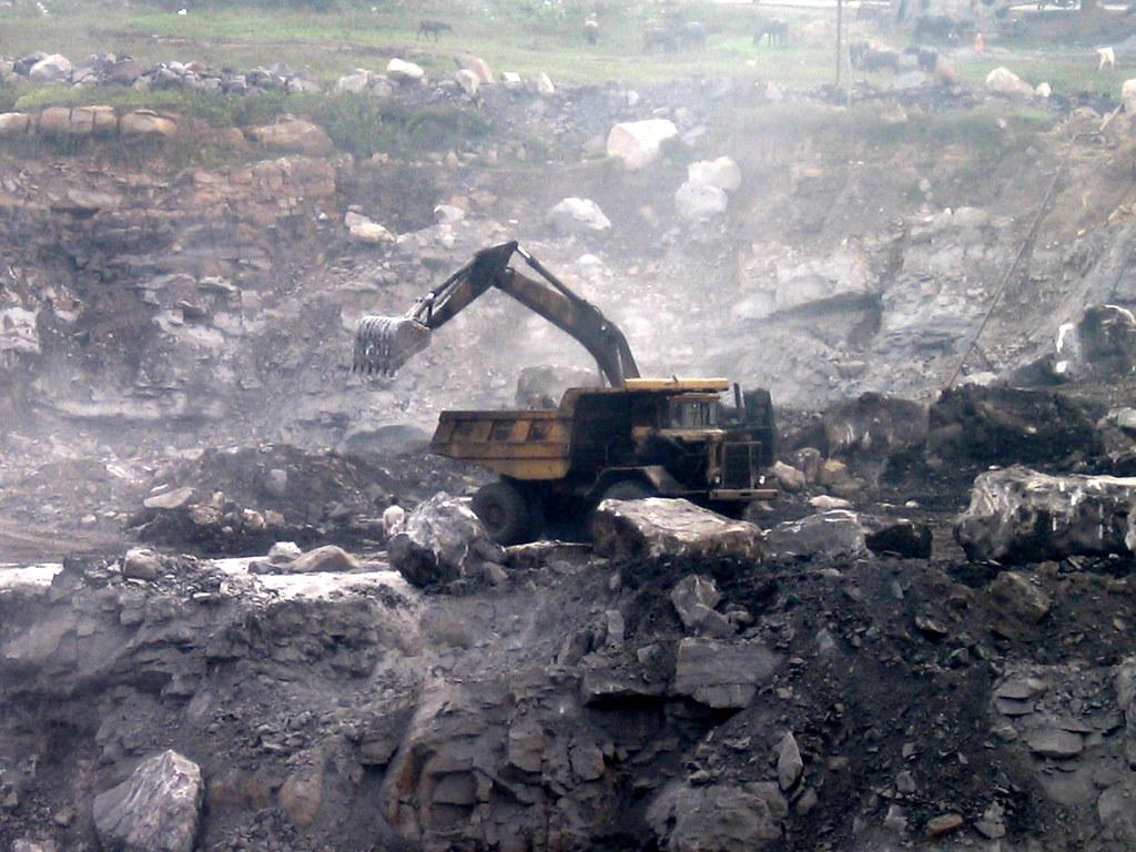 Open Cast Coal Mining At Jharia Arunava Datta Flickr