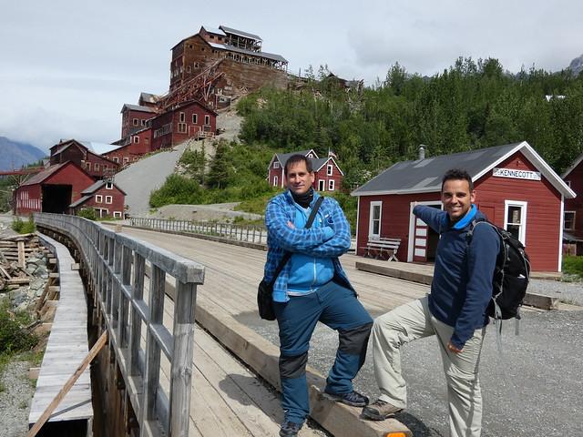 Sele e Isaac en Kennecot (Alaska)