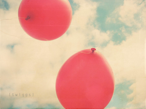 {postcards :: the red balloons} | by Hello Twiggs