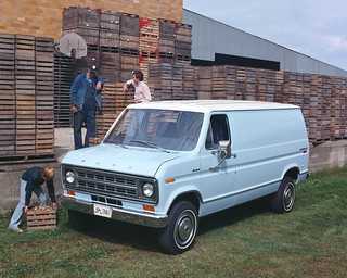 1975 ford econoline 1975 ford econoline 09 13 2010 kans flickr. Black Bedroom Furniture Sets. Home Design Ideas