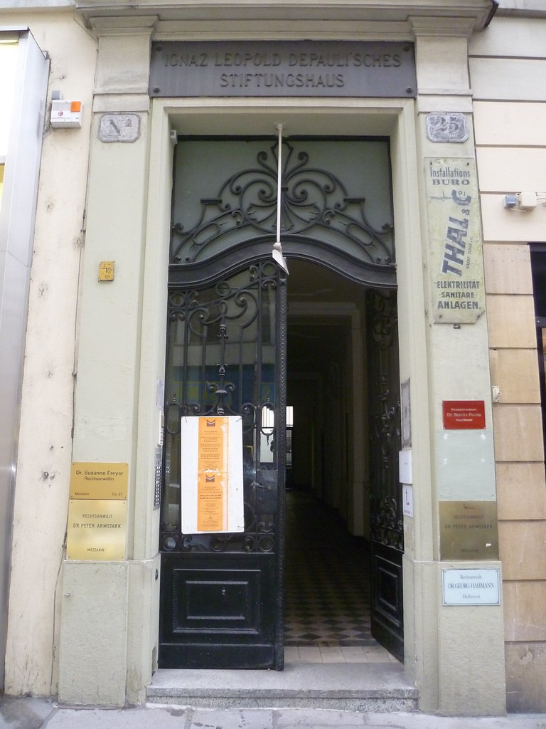 Wien, 1. Bezirk, House Entrance, Entrata di una Casa, Entr…   Flickr