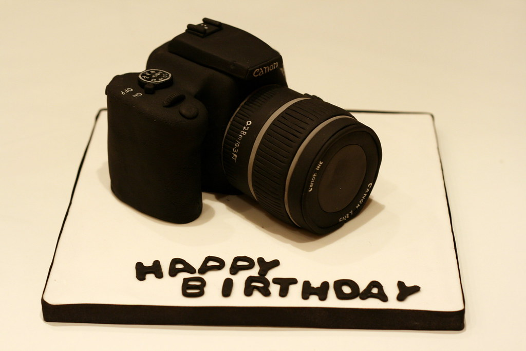 Canon Camera Cake This Was A Surprise Birthday Cake For