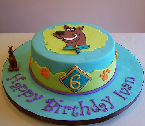 Scooby Doo Birthday Cake And Cupcakes