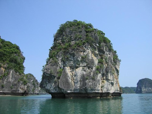 halong bay vietnam | by biketrailtours