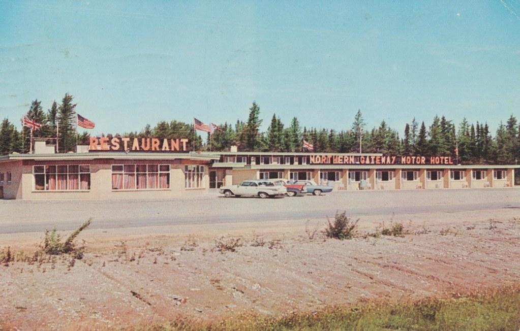 Northern Gateway Motor Hotel - Wawa, Ontario