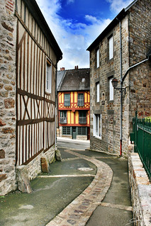 Une rue à Domfront | A street in Domfront | by CrËOS Photographie
