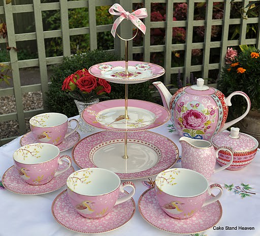 Pink Pip Tea Set Cake Stand Amp Teapot Pink Tea Set From