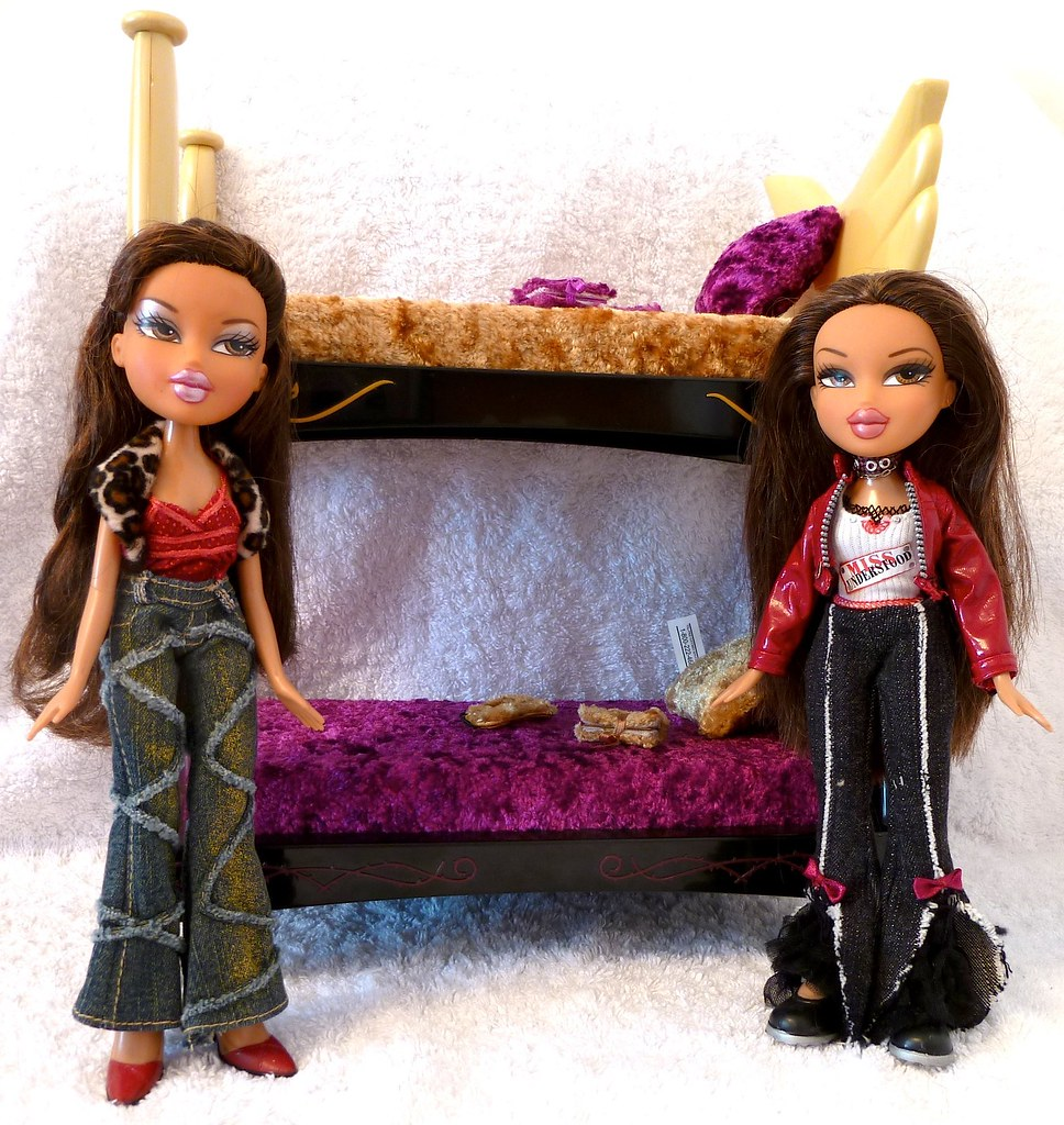 bratz 2nd edition twins nona and tess dolls furniture