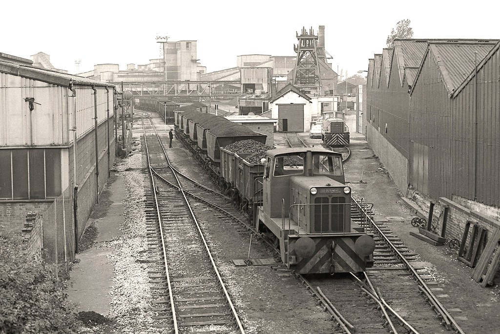 Snibston Colliery 1977 Hunslet 0 6 0dh 6683 67 Pulls A
