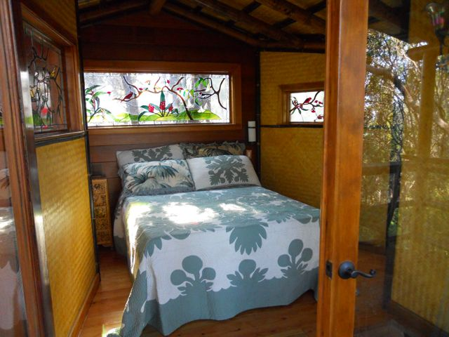treehouse bedroom | Flickr - Photo Sharing!
