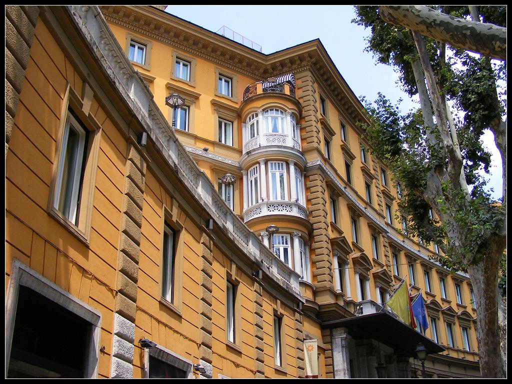 Building of hotel majestic on via veneto rome via for The building hotel rome