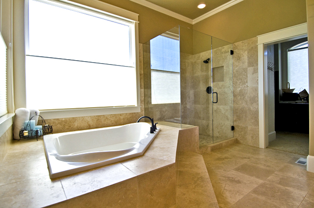 Travertine Tile Around Tub And Shower Travertine Tile