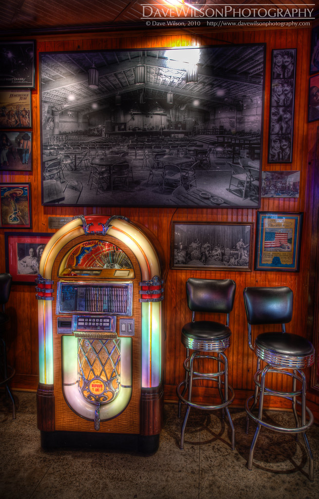 Jukebox at threadgills restaurant austin the jukebox at for Dining at at t conference center austin
