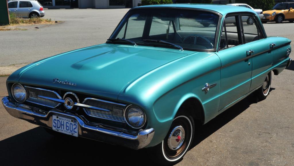 1960 Ford Frontenac 4 Door Sedan Front 3 4 View Green