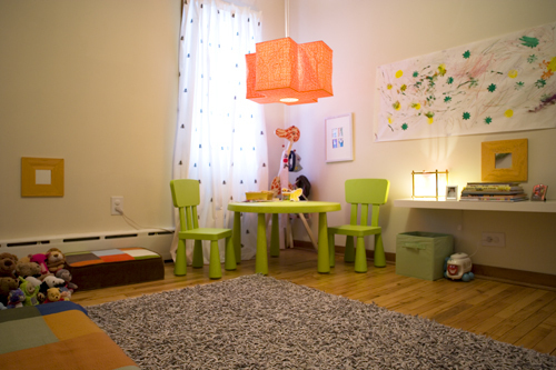 Quarto montessori 3 n dia montessori flickr for Chambre montessori