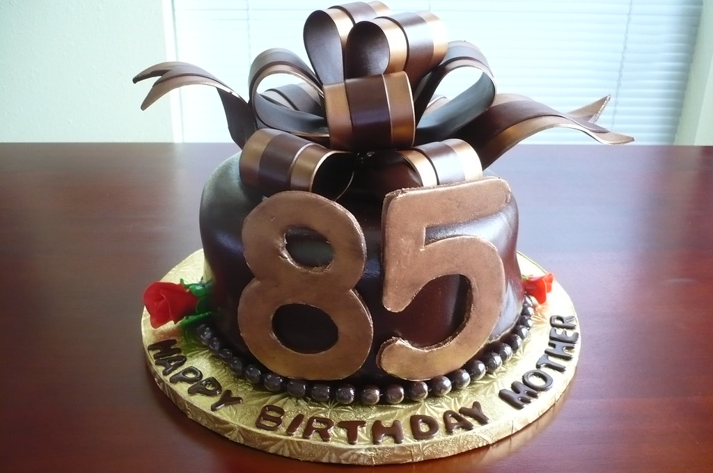 Mothers 85th Birthday Cake Liz Hunt Flickr