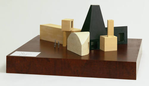 Frank gehry model winton guest house matthew arnold for Guest house models