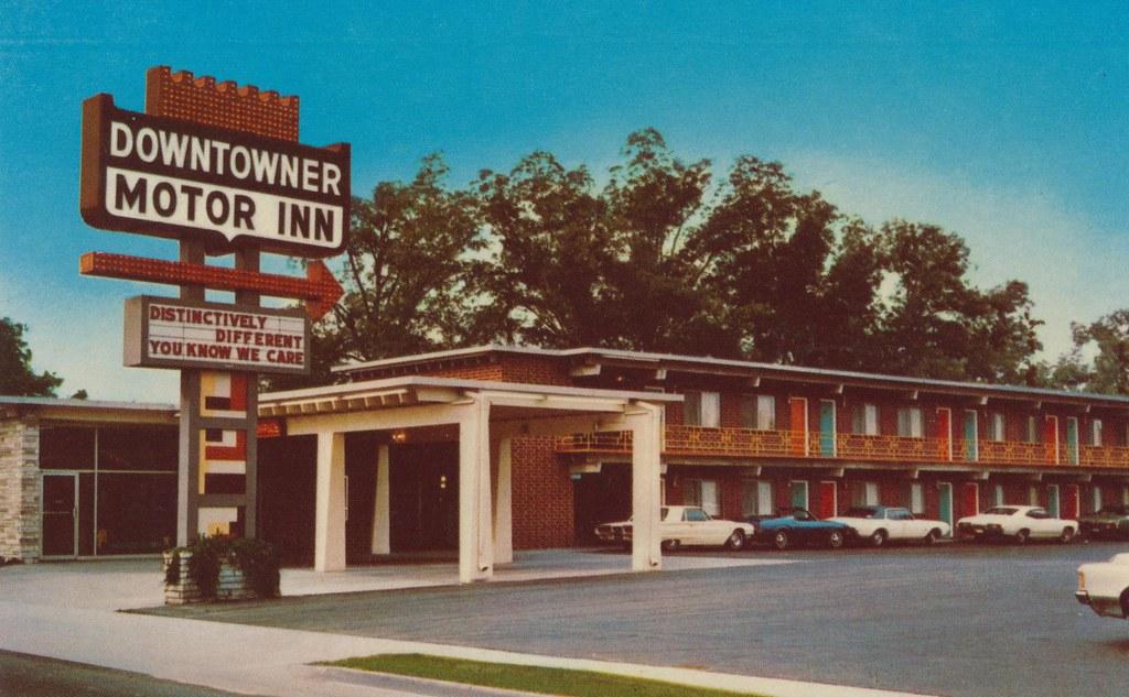 Downtowner motor inn florence south carolina 309 s for Carolina motor inn fayetteville nc