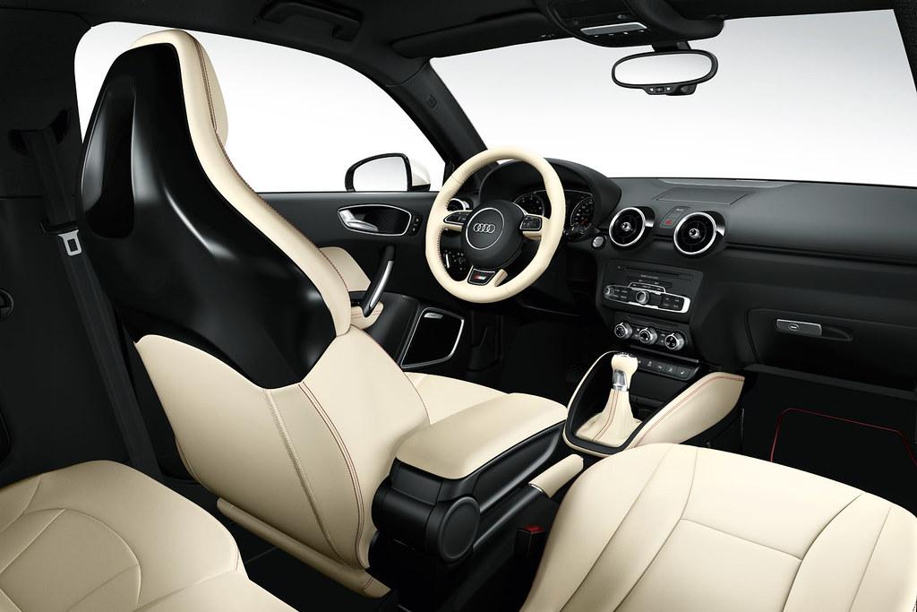 Audi a1 alabasta white interior 01 for Interieur audi a1