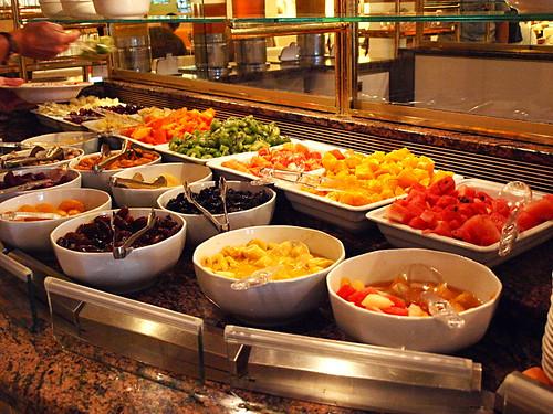 Fruit selection at jard n tropical breakfast buffet flickr for Brunch jardin
