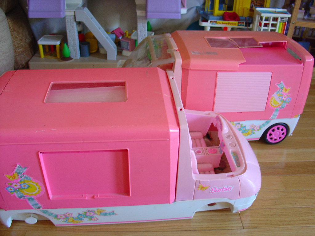 barbie motorhome makeover it is time to work on my own. Black Bedroom Furniture Sets. Home Design Ideas