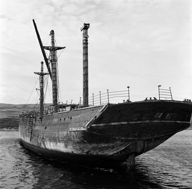 Ss Great Britain In Sparrow Cove Falkland Islands Before