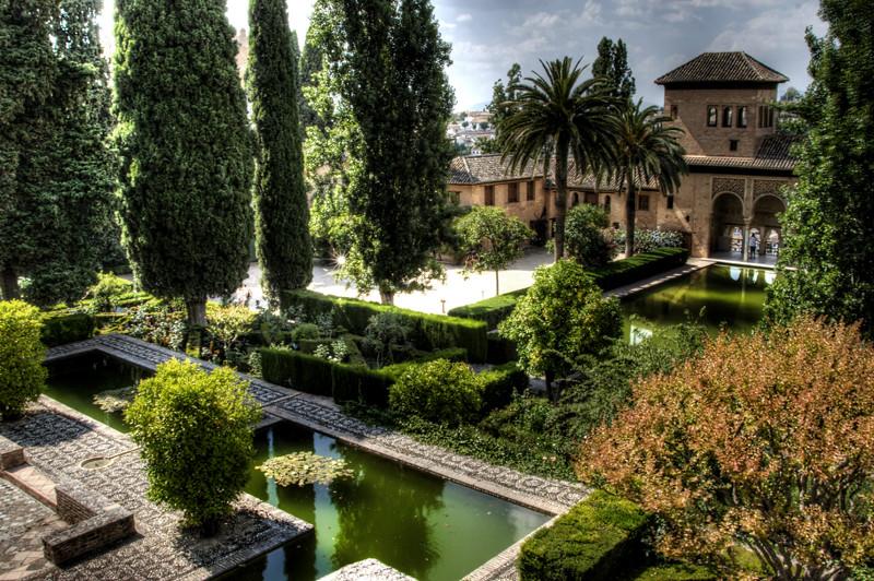 partal gardens alhambra granada jardines del partal