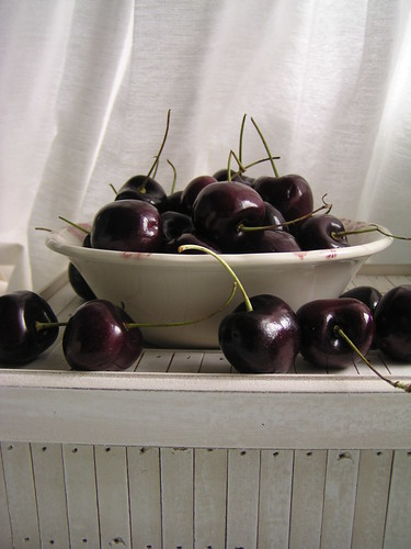 A bowl of cherries... | by miel bakes/madhu