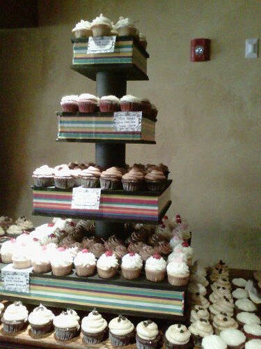 Giant Cupcake Stand With 300 Cupcakes Giant Cupcake