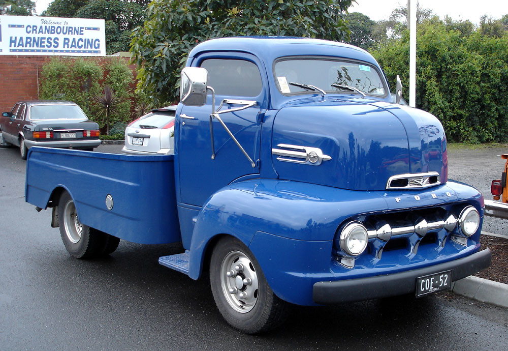 Saw This 52 Ford Cab Over Engine