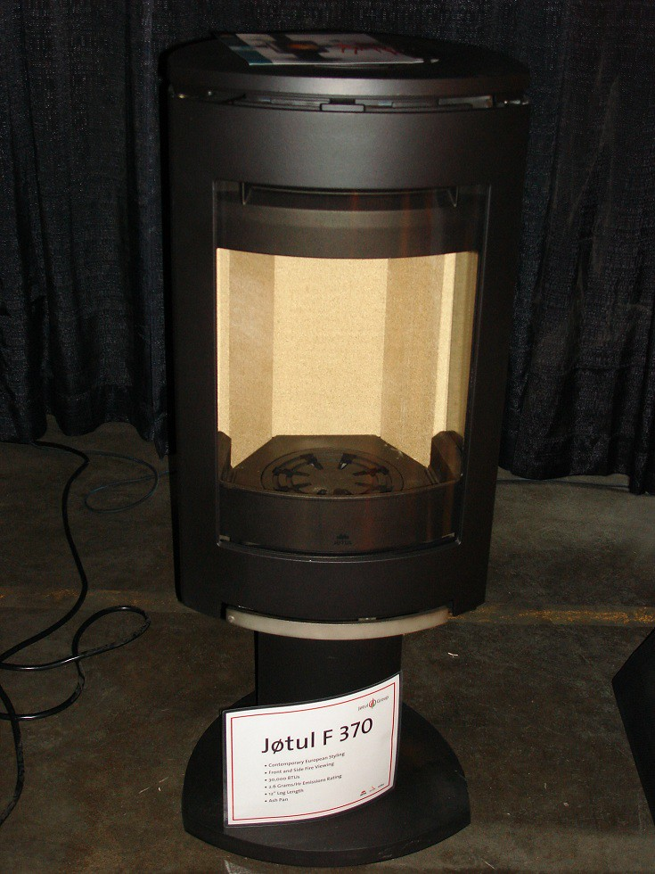 Jotul F 370 Contemporary Wood Stove   View more fireplace ...