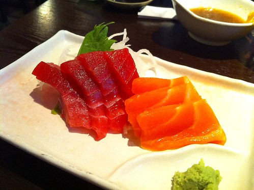 Sashimi that comes with Dinner Combo: Shrimp Tampura | by Tohru にゃん