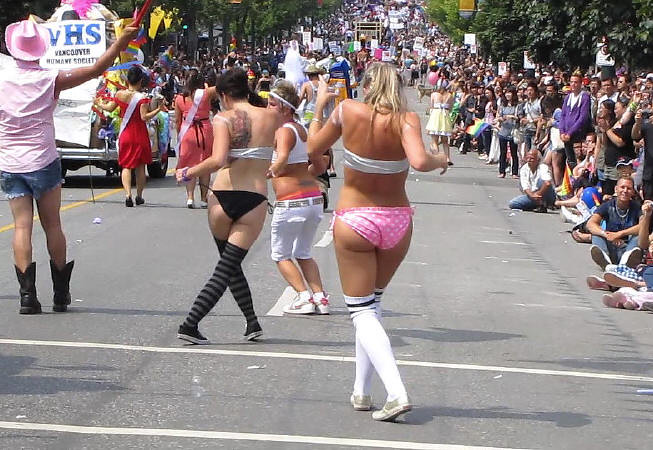 Nyc lesbians b - 1 10