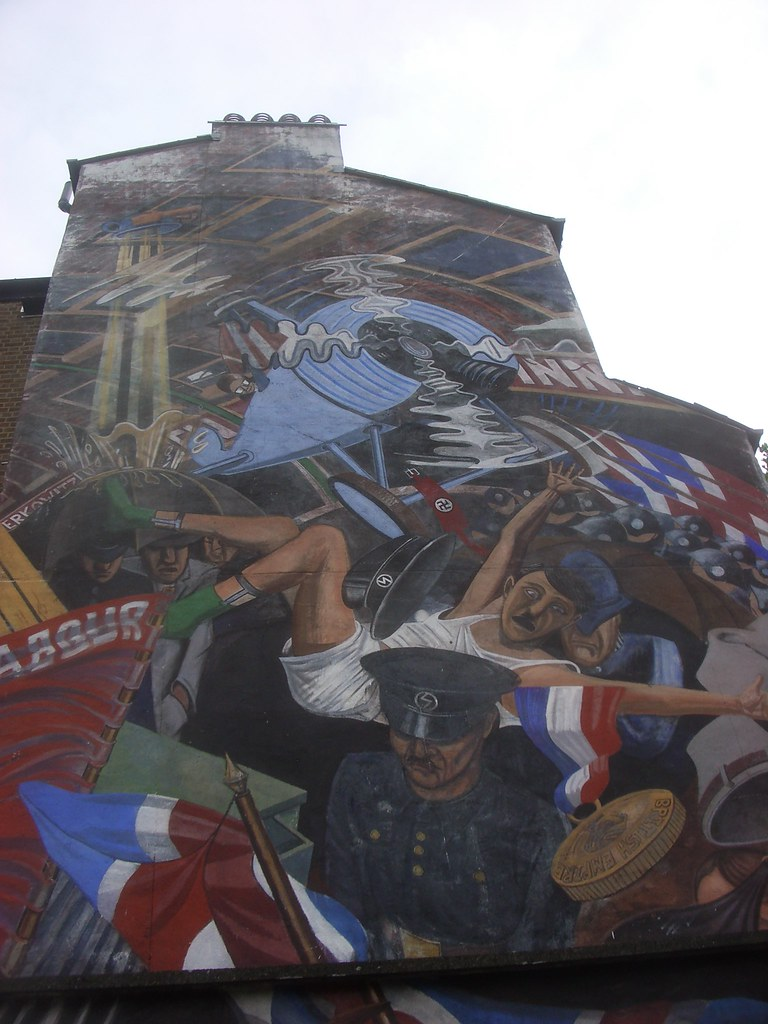 Cable street mural the cable street mural as seen on the for Cable street mural