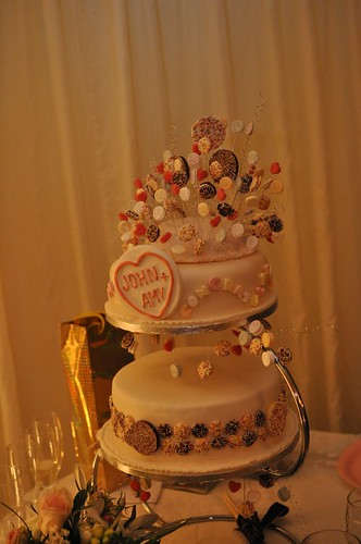 love heart wedding cakes and sweetie wedding cake kitson flickr 16952
