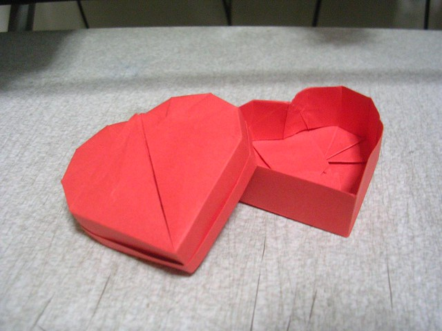 How To Make An Origami Heart Robs World