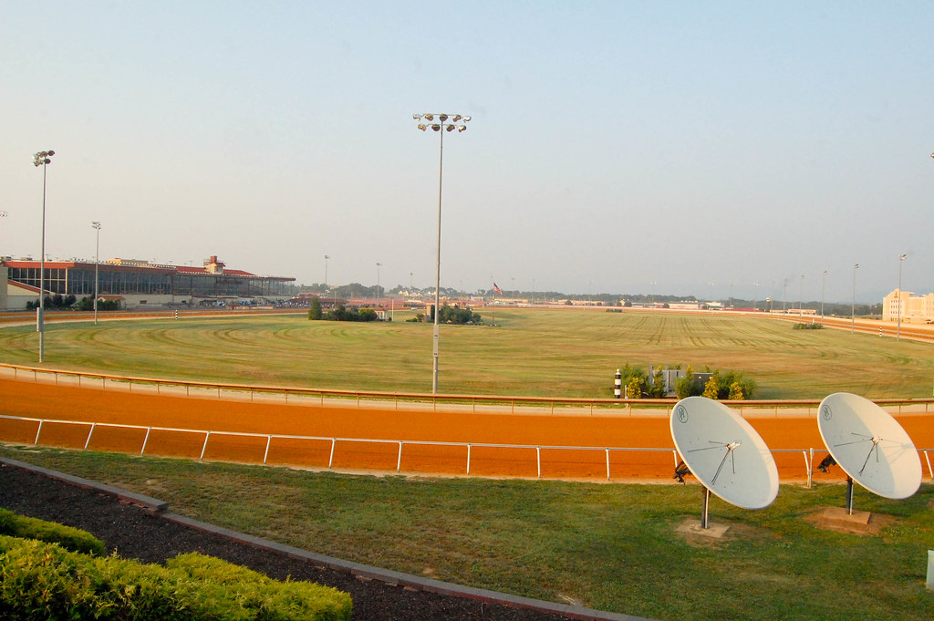Charles Town Races and Slots Median Hourly Rate by Job