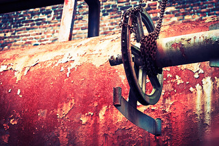 Pipe and Chain | by kirberich