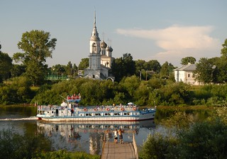 On the banks of Vologda river | by ODEROV