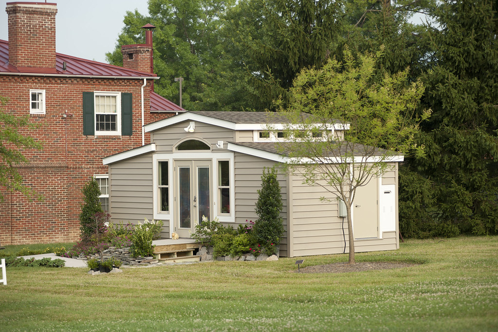 Medcottage Views Of The Medcottage Manufactured By N2care Flickr