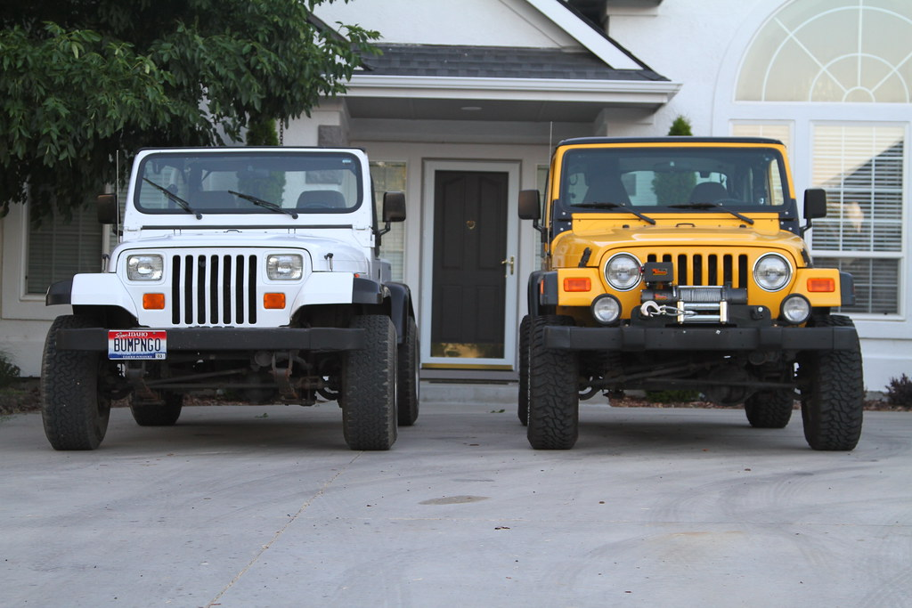 jeep wrangler tj vs yj comparo side by side white 1995 jee flickr. Black Bedroom Furniture Sets. Home Design Ideas