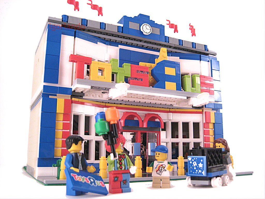 Lego toys r us modular i don 39 t wanna grow up i 39 m - Maisonnette toys r us ...
