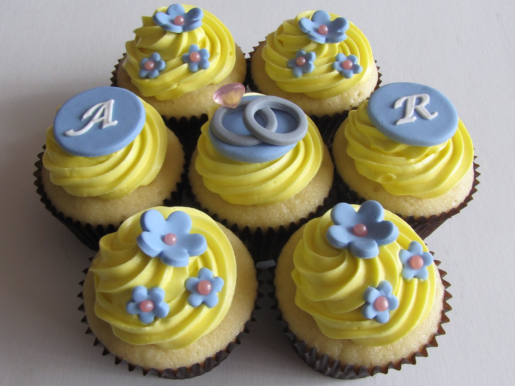 bridal shower cupcakes by clevercupcakes bridal shower cupcakes by clevercupcakes