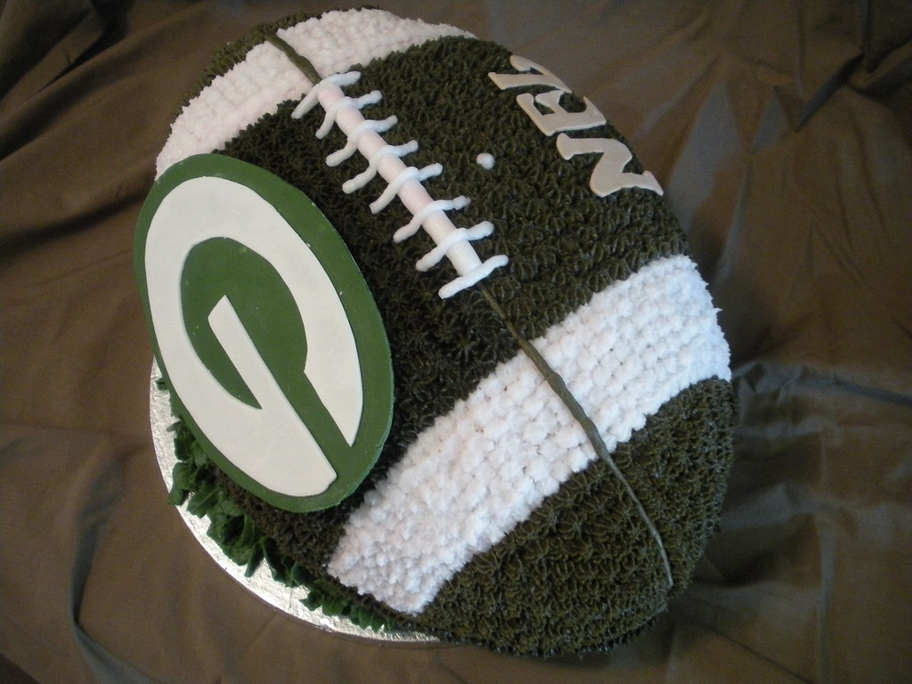 Green Bay Packers 3 D Football Cake By Wolfbay Cafe Flickr